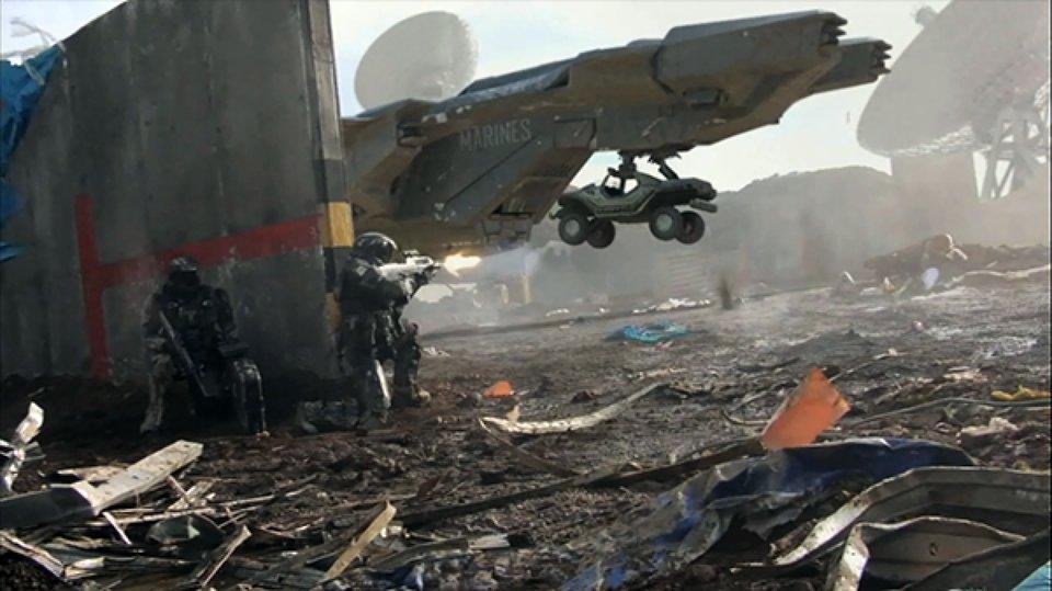 Кадр из видеоролика Halo: Combat, снятого Нилом Бломкампом
