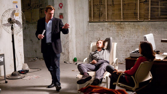 Кристофер Нолан, Леонардо ДиКаприо и Эллен Пейдж на съемках фильма «Начало»