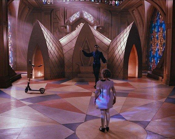 Шли по городу волшебники: Сказочные миры в советском кино