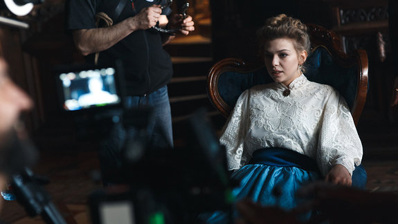 Таисия Вилкова на съемках фильма «Гоголь»