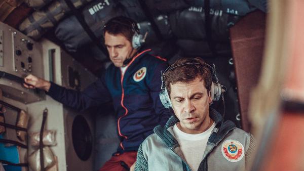 Кадр из фильма «Салют-7»
