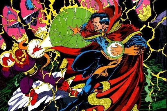 Стрэндж сражается со своим заклятым врагом Дормамму