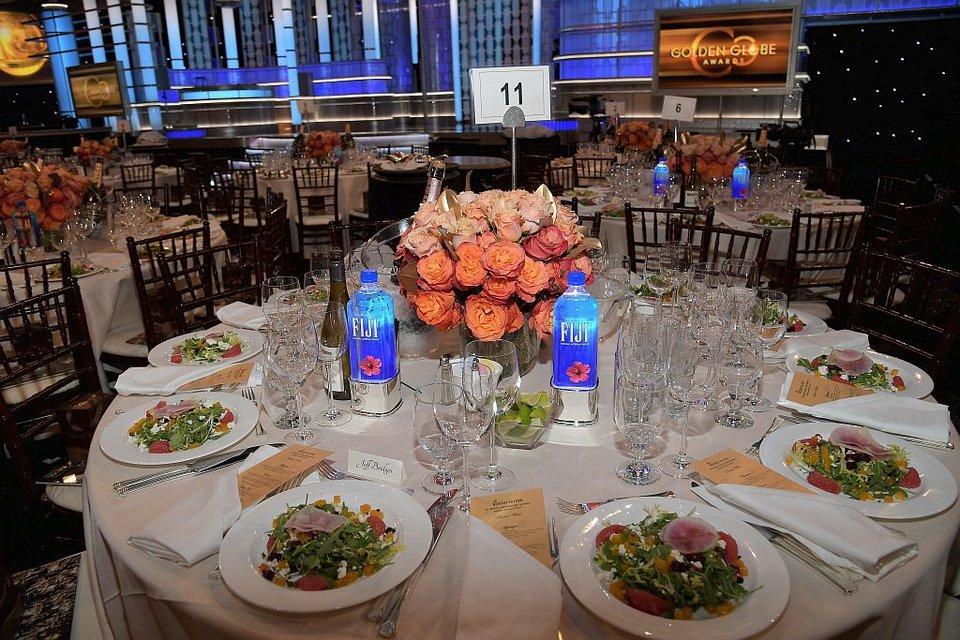 Столы для гостей уже накрыты / Фото: Getty Images