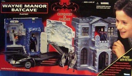 Набор: особняк Уэйнов с пещерой Бэтмена