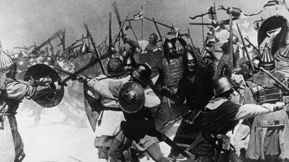 Война имиф: Исторические фильмы, создавшие легенды