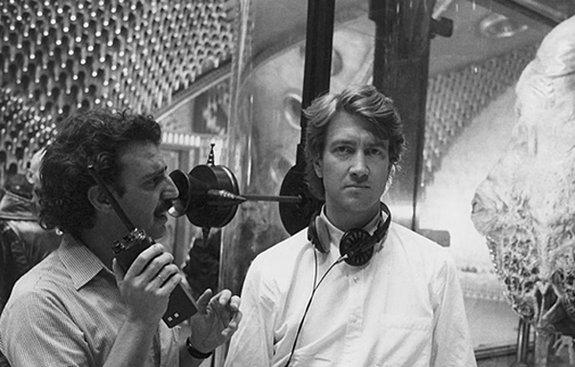 Дэвид Линч во время работы над фильмом «Дюна» (1984).