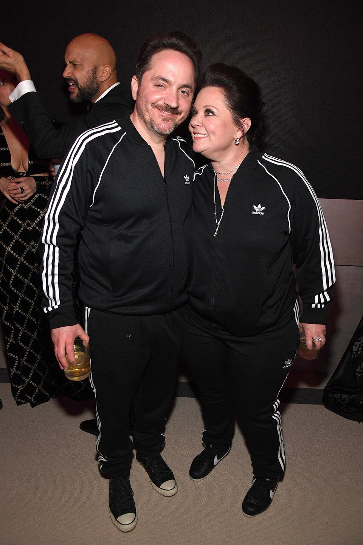 Мелисса МакКарти и Бен Фальконе пришли на адидасах. Лучший костюм вечера! /  Фото: Getty Images