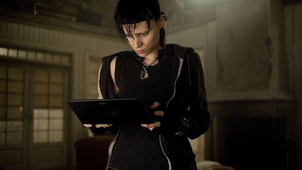 Руни Мара вобразе Лисбет Саландер вфильме Дэвида Финчера «Девушка статуировкой дракона»
