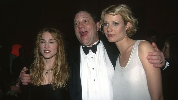 Мадонна, Харви Вайнштейн и Гвинет Пэлтроу в 1998 году / Фото: Getty Images