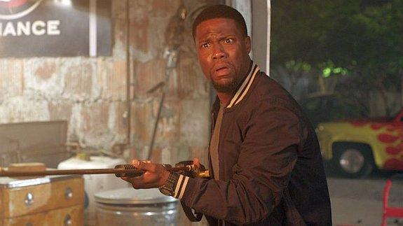 Кевин Харт сыграет киллера в комедийном боевике «В бегах»