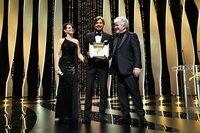 Жюльет Бинош, Рубен Эстлунд и Педро Альмодовар / Фото: Getty Images