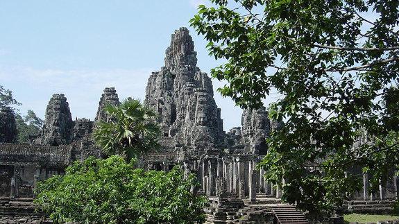 Восточные ворота Ангкор-Тхом