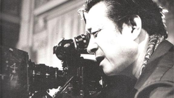 Син Сан Ок на съемках фильма «Посланник, который не вернулся» (1984)