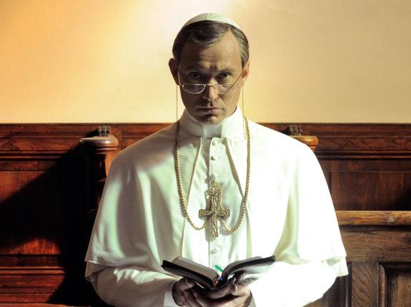 Это не «Карточный домик»: Эксперты по религии о «Молодом Папе»