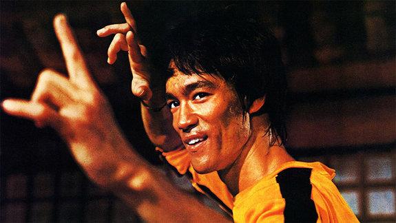 «Непрославляйте насилие»: Отрывки изкниги «Правила жизни Брюса Ли»