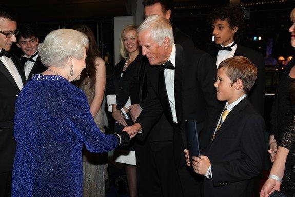 Королева Елизавета и Майкл Эптед