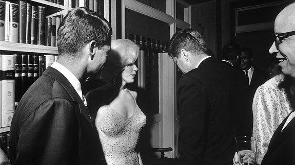 Мэрилин Монро, Джон Кеннеди и Роберт Кеннеди / Фото: Getty Images