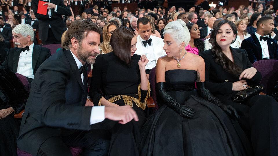 Брэдли Купер, Ирина Шейк и Леди Гага / Фото: ©A.M.P.A.S.