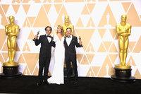 Дэн Коган, Лора Дерн и Брайан Фогель / Фото: Getty Images