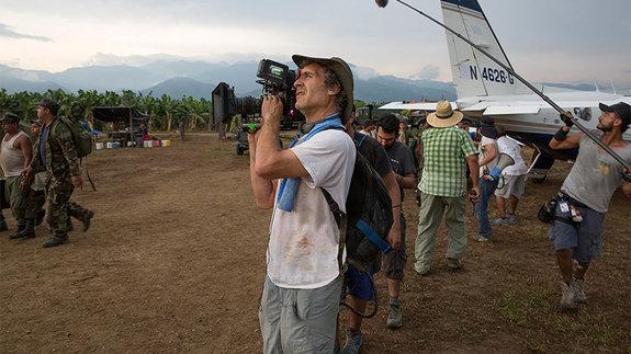 Даг Лайман на съемках фильма «Сделано в Америке»