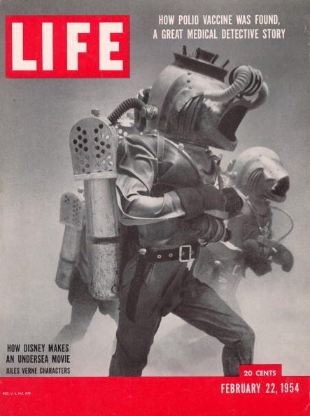 Обложка журнала Life, посвященного съемкам «20 000 лье под водой» отDisney