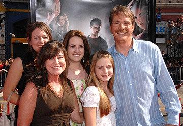 Джефф Фоксворти с семьей