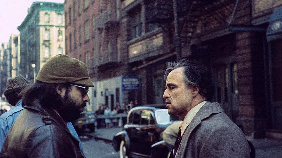 Фрэнсис Форд Коппола и Марлон Брандо на съемках фильма «Крестный  отец»