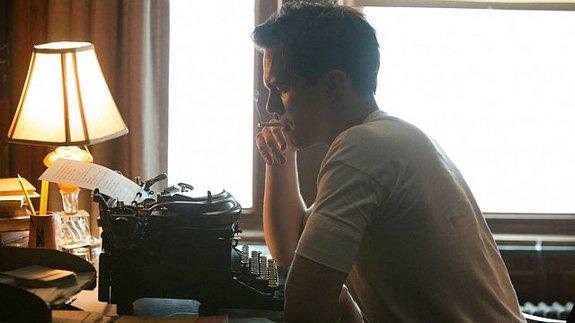 Николас Холт присматривается к роли автора «Властелина колец»