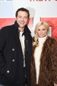 Кирилл Сафонов с супругой Александрой Савельевой