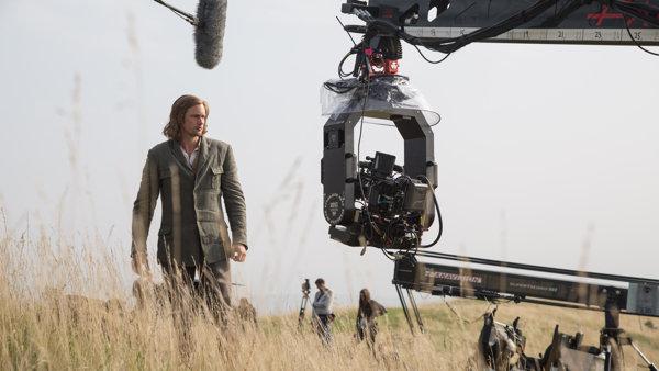Александр Скарсгард на съемках фильма «Тарзан. Легенда»