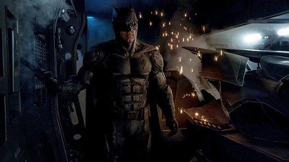 Слух недели: Студия Warner заменит Бена Аффлека в роли Бэтмена