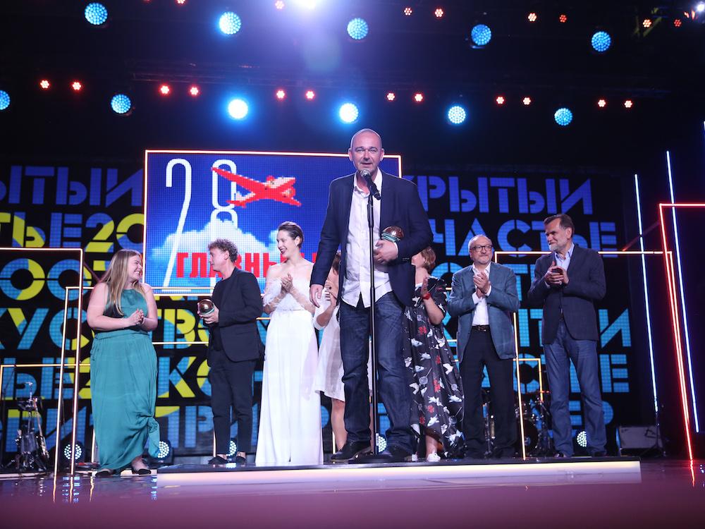 «Я абсолютно счастлив»: Как Хлебников получил две награды за «Аритмию»
