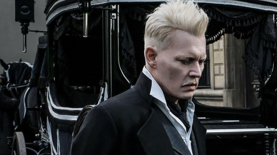 Джонни Депп насъемках фильма «Фантастические твари: Преступления Грин-де-Вальда»