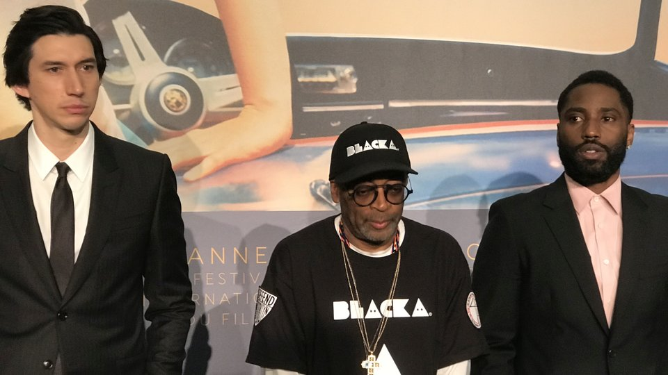 Адам Драйвер, Спайк Ли и Джон Дэвид Вашингтон на пресс-конференции в Каннах / Фото: КиноПоиск