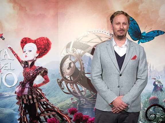Режиссер «Алисы в Зазеркалье»: «Я мечтаю обнять Чеширского кота»