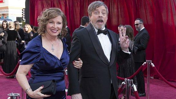 Марк Хэмилл с женой Мэрилу Йорк на красной дорожке / Фото: Getty Images