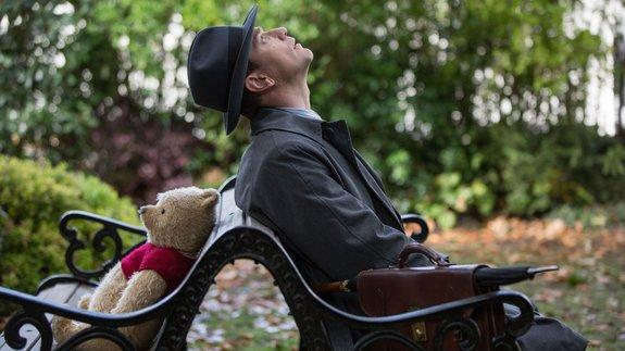Трейлер фильма «Кристофер Робин»: Винни Пух ивсе-все-все