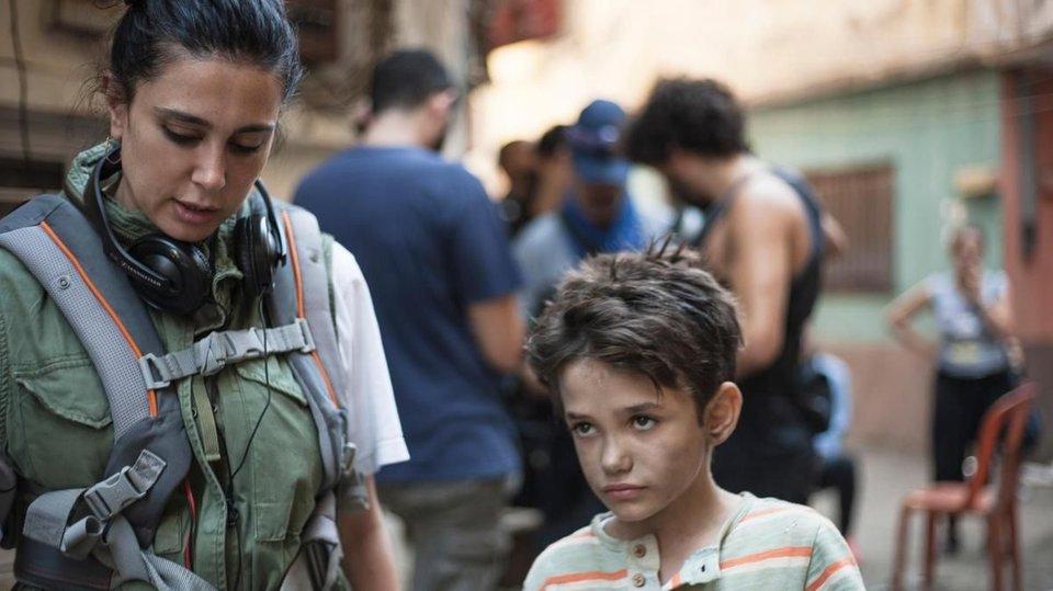 Надин Лабаки и Зейн аль Раффеа на съемках
