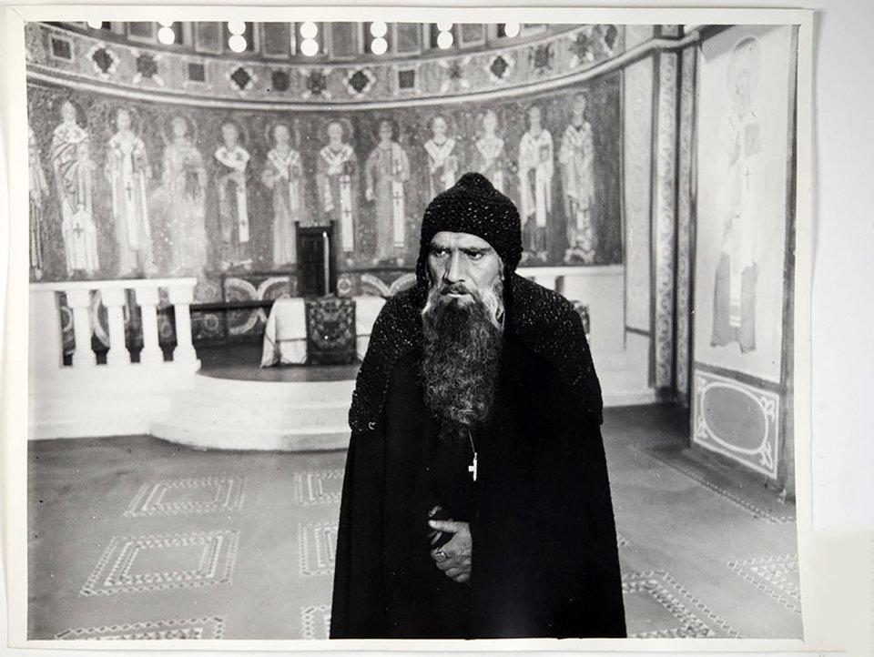 Армен Джигарханян во время съемок фильма «Ярославна, королева Франции». 1978 год / Фото: Самоэль Кацев