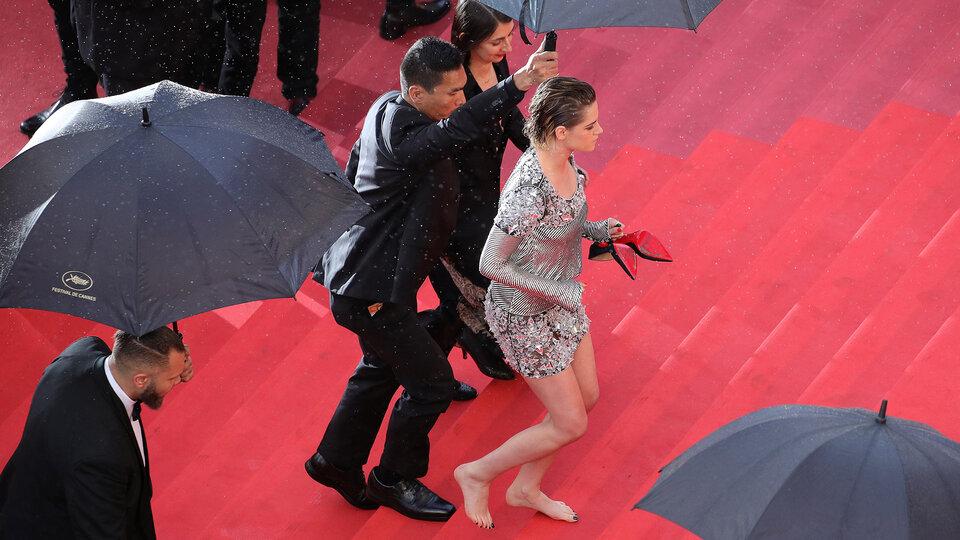 Кристен Стюарт на красной ковровой дорожке  / Фото: Getty Images