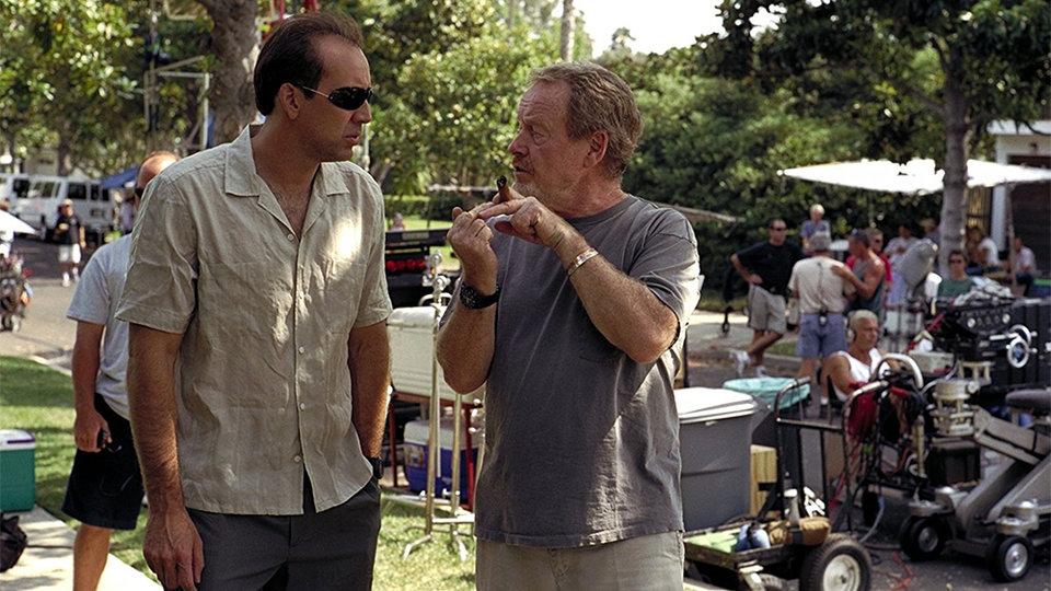Ридли Скотт и Николас Кейдж на съемках фильма «Великолепная афера»