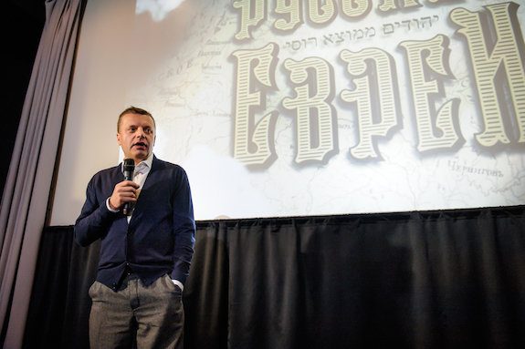 Леонид Парфенов обинтересе кнон-фикшну, евреях иМайкле Муре