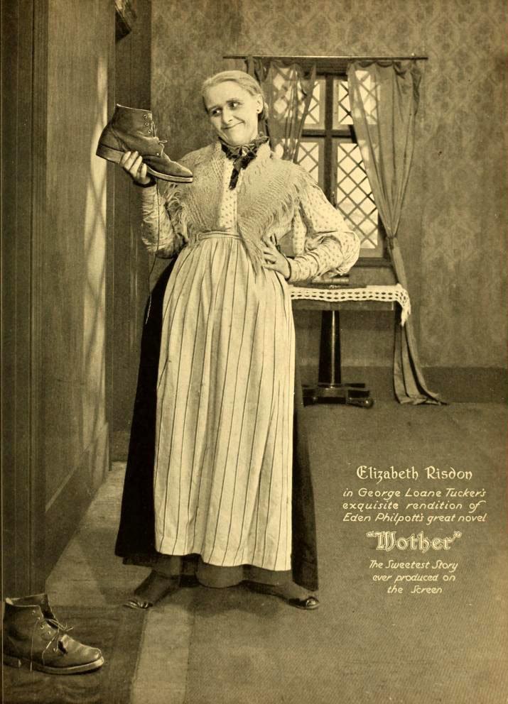 Реклама фильма «Мама»