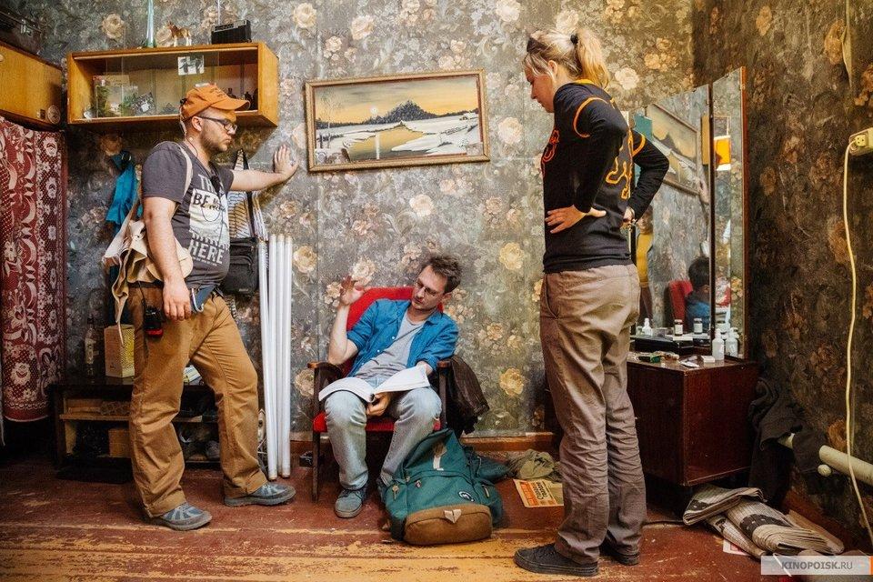 На съемках фильма «Как Витька Чеснок вез Леху Штыря вдом инвалидов»