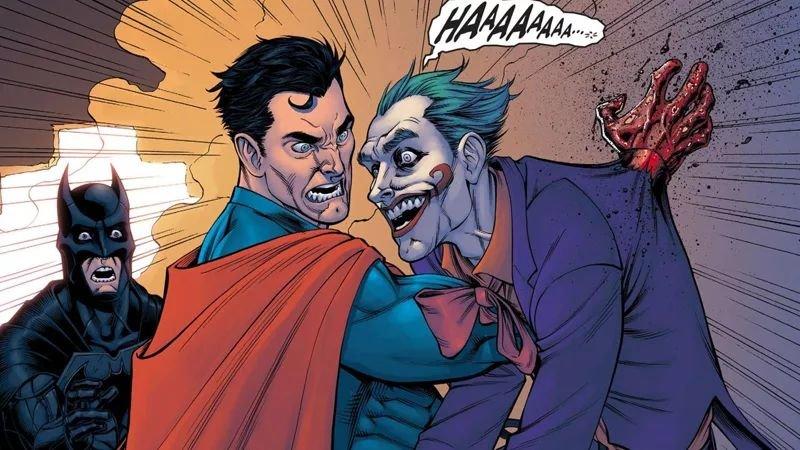 Супермен убивает Джокера на глазах изумленного Бэтмена в комиксе «Injustice» / Иллюстрация: DС