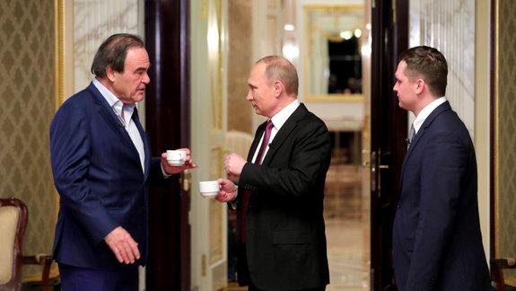 Путин или Кастро: Тест на знание вопросов, волнующих Оливера Стоуна