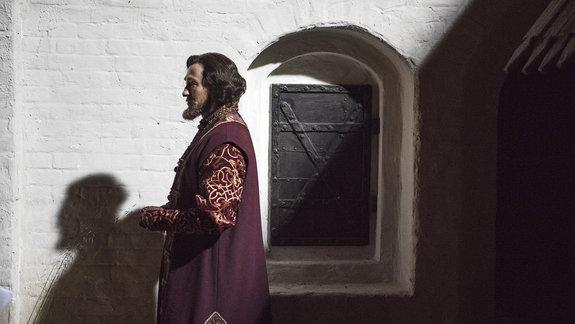 Борода царя Бориса: Какой «Годунов» получился у Безрукова