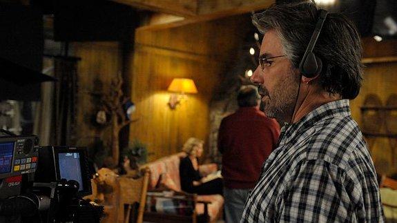 Пол Лазарус насъемках сериала «Кто такая Саманта?»