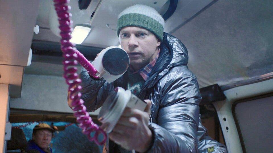 Трейлер комедии «Год свиньи»: Александр Яценко спорит сам с собой