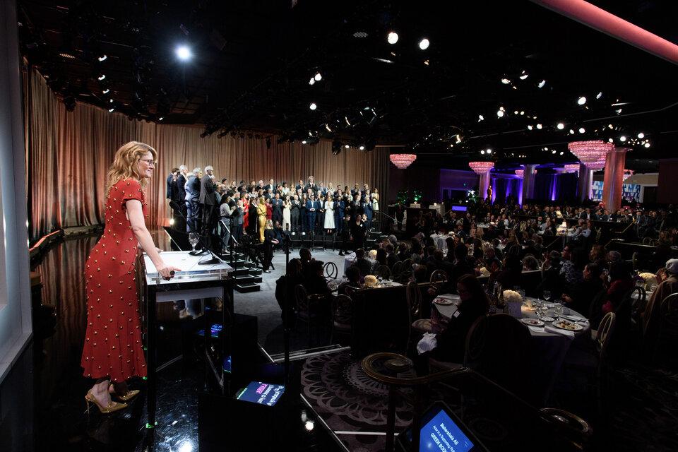 Лора Дерн приветствует оскаровских номинантов / Фото: A.M.P.A.S.
